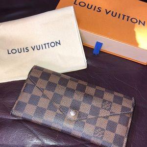 Louis Vuitton Brown Damier Wallet - TN4133